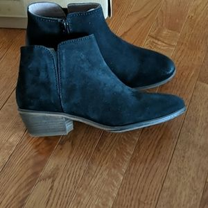 New in box Fat Face ankle boots